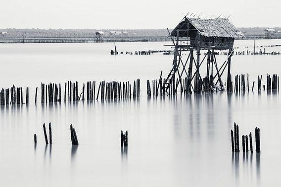 Visserhut in Bang Tabun, Thailand van Johan Zwarthoed