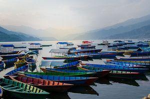 Phewa Lake bij Pokhara van