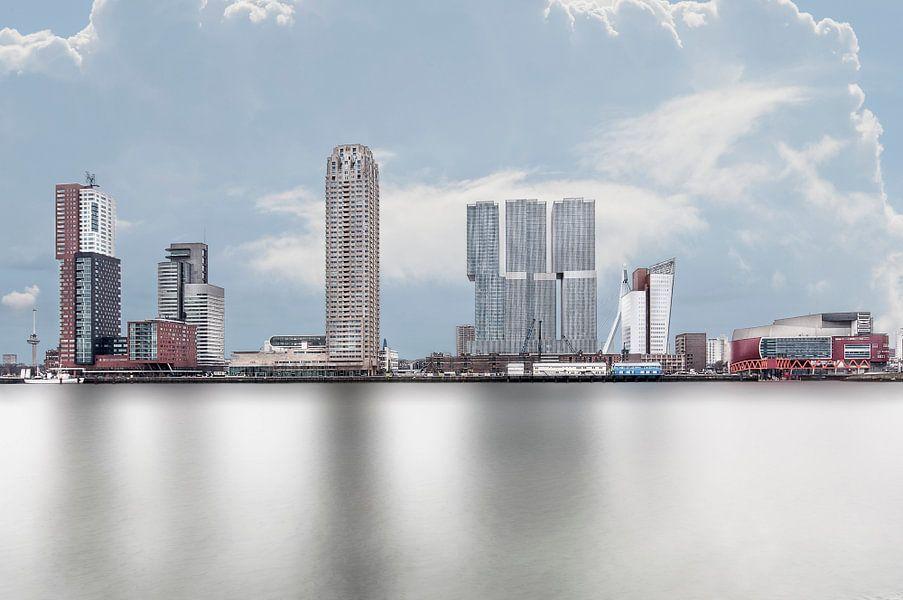 Rotterdam Kop van Zuid vanaf Katendrecht van Anouschka Hendriks