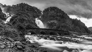 Waterval Latefossen, Noorwegen van Henk Meijer Photography
