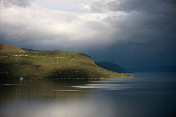 Fjordlandschaft im Licht von Jana Behr