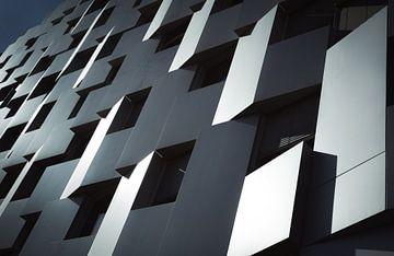Equinox building II van Sander van der Werf