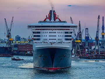 2015-09-18 queen mary 2 von Joachim Fischer