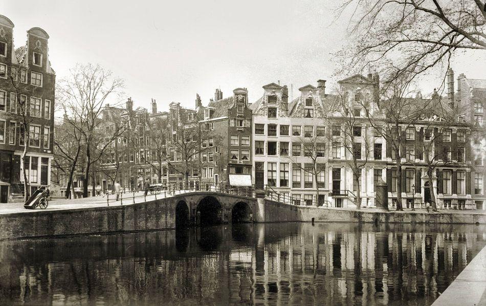 Vaak Grachten in Amsterdam zwart/wit van Corinne Welp op canvas, behang #CE24