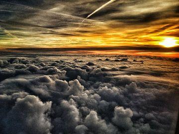 Een hemels uitzicht tijdens een vlucht van Oslo naar Amsterdam von SPOOR Spoor