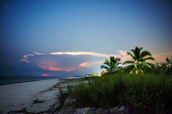 Bounty eiland bij nacht van Barbara Koppe