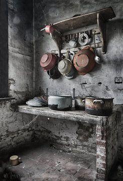 Urbex Keuken  van Ingrid Van Damme fotografie
