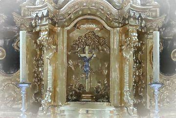 Altaar met kruisbeeld van Frank Heinz