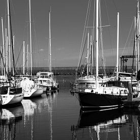 Jachthaven bij Bruinisse sur Leo Langen