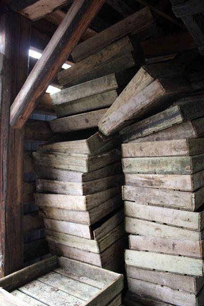 Gestapelde houten kistjes von Tamara & Mariëlle van #Scherpzinniger