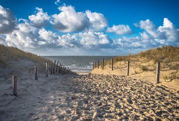 lets walk to the beach.  Strandopgang - Strandovergang van Alex Hiemstra