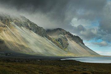 icelandic mountains von rik janse