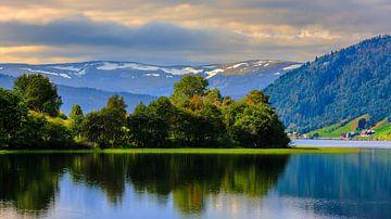 Oppheimsvatnet, Oppheim, Hordaland, Norwegen von Henk Meijer Photography
