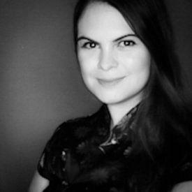 Karina Alvarenga avatar