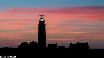 Vuurtoren Texel bij zonsondergang. von Frank Van der Werff