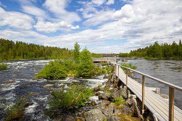 Rivier in Noorwegen van Rob Rijfkogel