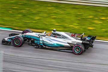Lewis Hamilton in actie tijdens de Grand-Prix van Oostenrijk 2017 sur