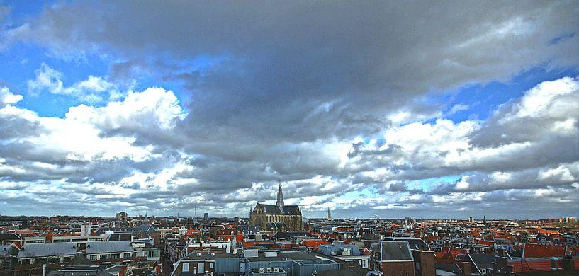 View of Haarlem from V&D (2016) van Eric Oudendijk