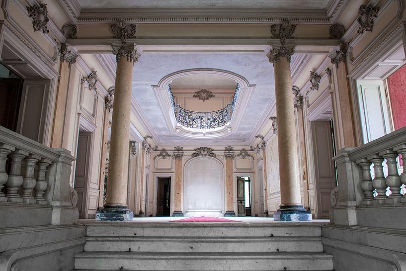 Eingang eines französischen Schlosses von Tim Vlielander