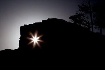 Silhouette im Tal von Peter Leenen