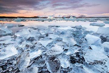 Jokulsarlon glacier lagoon van Jurjen Veerman