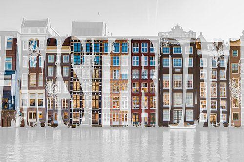 Grachtenpanden in Amsterdam met tekst