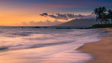 Zonsondergang Poolenalena Strand, Maui, Hawaii van Henk Meijer Photography