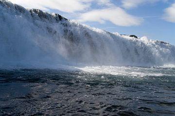 tjaldsvaedi waterval  sur Ronald Jansen