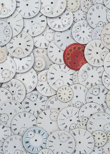 Time... or Timeless van Hans Kool