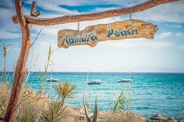Kamara Strand Eingang in Griechenland von Tonny Visser-Vink
