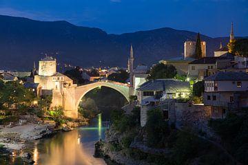 Stari most - De oude brug in Mostar van Dennis Eckert