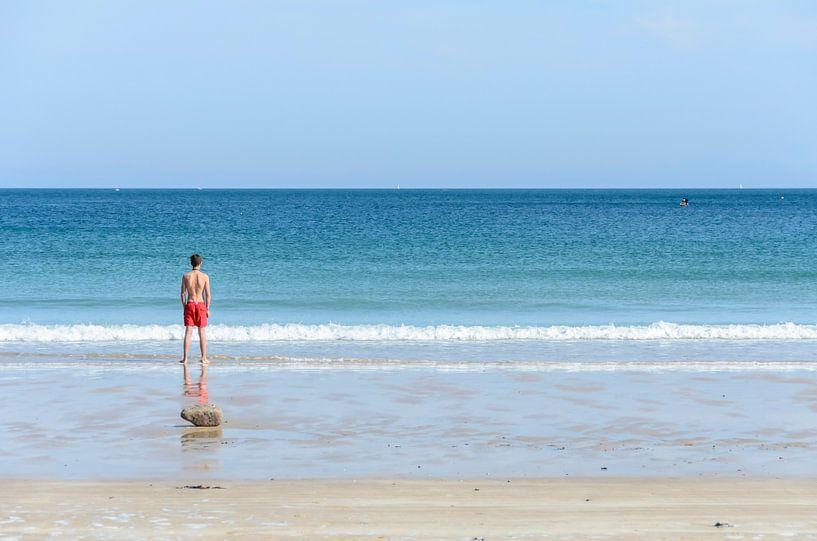Klaar voor een duik in Bretagne. van Don Fonzarelli