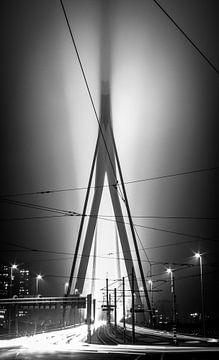 Erasmus-Brücke bei Nacht von Govart (Govert van der Heijden)