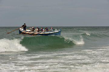 Roeireddingsboot demonstratie bij Paal 8 - Terschelling van Peter Slagboom