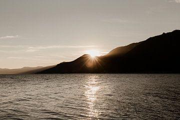 Zonsondergang bij Lago Maggiore