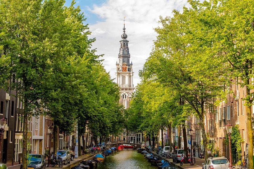 Zuiderkerk Amsterdam tussen bomen van Sjoerd Tullenaar