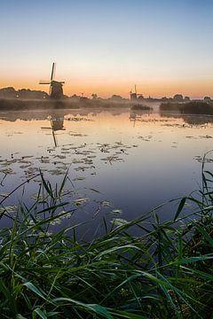 molens langs het water sur jeroen akkerman