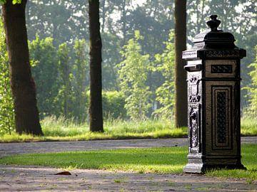 Een brievenbus van Wilbert Van Veldhuizen