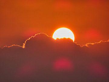 Sunrise van Bart Nikkels