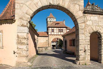 Poort naar Rothenburg ob der Tauber van Elles Rijsdijk