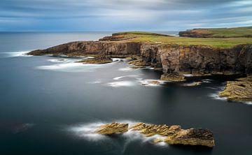 Yesnaby cliffs sur Wojciech Kruczynski