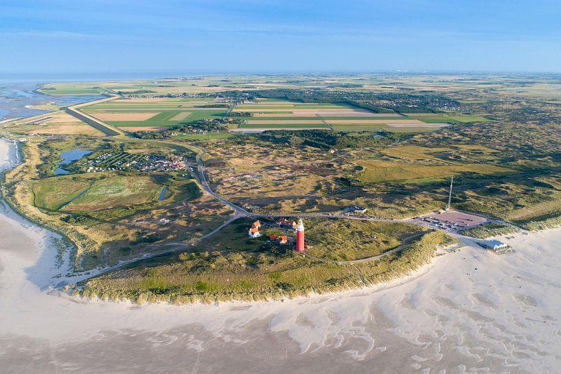 De Noordkant van Texel met vuurtoren van Michel Sjollema