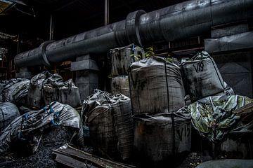 Iron ore bags van Michel de Jonge