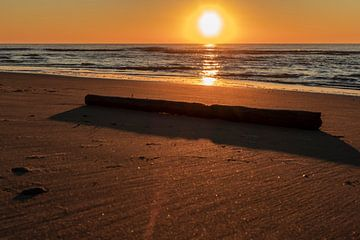 Zonsondergang bij callantsoog van Paul Veen