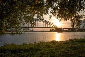 Waalbrug Nijmegen van Monique Pals