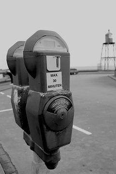 Oldtimer-Parkuhr schwarz-weiß von Eline Langedijk