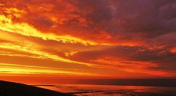 Een gekleurde wolken partij van Brenda van der Zee