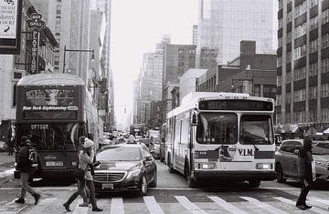 Straat in New York, VS (analoog) von Lisa Berkhuysen