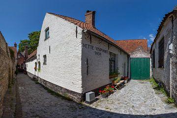 Godshuis de Vette Vispoort in Brugge, België van