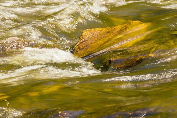 Water (2) van Coby Zwartbol